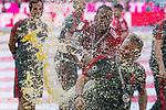 12.05.2018, Allianz Arena, Muenchen, GER, 1.FBL,  FC Bayern Muenchen vs. VfB Stuttgart, im Bild Jerome Boateng (FCB #17) trifft Peter Hermann (Co-Trainer FCB) mit der Bierdusche<br /> <br />  Foto &copy; nordphoto / Straubmeier