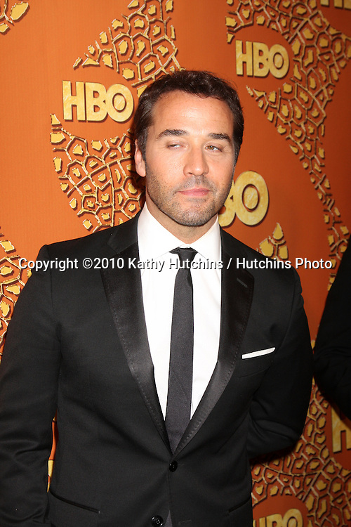 Jeremy Piven.arriving at the 67th Annual Golden Globe Awards Official HBO After Party.Beverly Hilton Hotel.Beverly Hills, CA.January 17, 2010.©2010 Kathy Hutchins / Hutchins Photo....