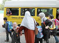 2004 a Drezzo, provincia di Como, il sindaco ha multato la signora S.V. perchè indossava il burqa in paese.