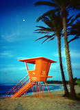 USA, Hawaii, Oahu, lifeguard tower at Sunset Beach on the North Shore