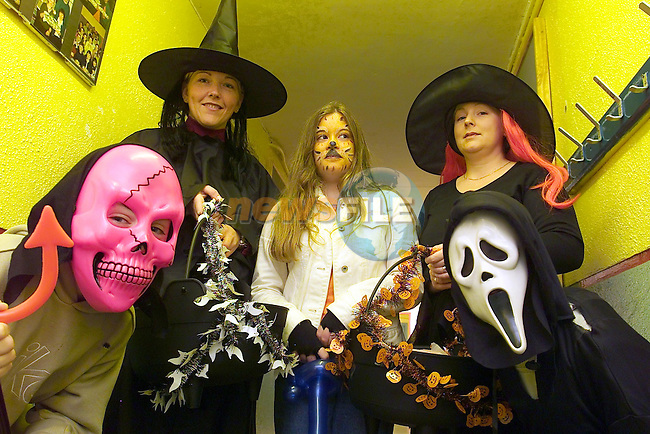 Glenmore Rath, Ciara McKenna and Ciaran O'Neill with some of the School witched dressed up for the Halloewwn.Picture Fran Caffrey Newsfile...This Picture is sent to you by:..Newsfile Ltd.The View, Millmount Abbey, Drogheda, Co Louth, Ireland..Tel: +353419871240.Fax: +353419871260.GSM: +353862500958.ISDN: +353419871010.email: pictures@newsfile.ie.www.newsfile.ie