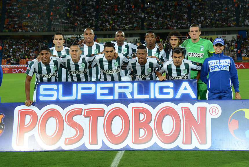 MEDELLIN -COLOMBIA-24-ENERO-2015.Formacion del Atletico Nacional  contra el Independiente Santa Fe durante partido de ida de La Superliga Postobon 2015 jugado en el estadio Atanasio Girardot de la ciudad de Medellin./Team of Atletico Nacional against Independiente Santa Fe during leg of the Superliga Postobon 2015 played in the Atanasio Girardot stadium in Medellin City. Photo:VizzorImage / Luis R'os / STR