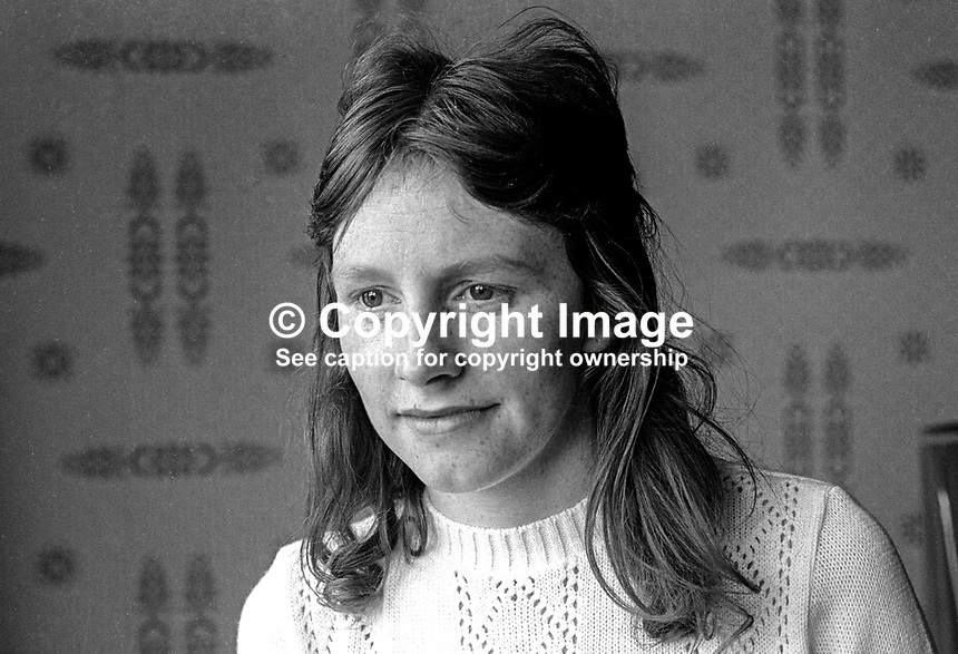 Liz Rea, married daughter, of Gusty Spence, prominent member and, for a period, leader of the UVF, Ulster Volunteer Force, N Ireland, May 1974. 197405060244<br />