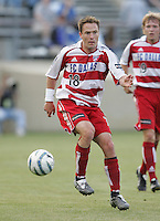 14 May 2005: Richard Mulrooney of FC Dallas in action against Earthquakes at Spartan Stadium in San Jose, California.   Earthquakes tied FC Dallas, 0-0.   Credit: Michael Pimentel