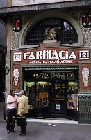 Europe/Espagne/Catalogne/Barcelone : Pharmacie sur la Rambla