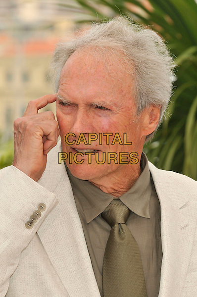 "CLINT EASTWOOD.""The Exchange"" ( formerly titled ""Changeling"" ) photocall at Palais de Festival during the 61st Cannes International Film Festival, Cannes, France. .20th May 2008 .headshot portrait hand .CAP/PL.©Phil Loftus/Capital Pictures."