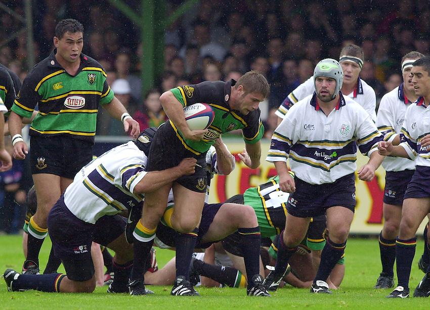 Photo. Richard Lane. .Northampton v London Irish. Zurich Premiership. 26/8/2000..Ben Cohen.