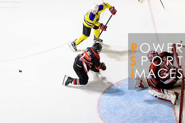 Gold Club and HK Samwai Raptors during the Mega Ice Hockey 5s Asian A Final match on May 05, 2018 in Hong Kong, Hong Kong. Photo by Marcio Rodrigo Machado / Power Sport Images