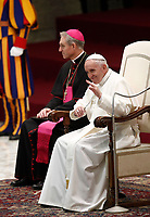 Papa Francesco tiene un'udienza in Aula Paolo VI per una  delegazione dei donatori dell'albero di Natale e del Presepe situati in piazza San Pietro. <br /> Citta' del Vaticano, 7 dicembre 2017.<br /> Pope Francis leads an audience with a delegation of donors of the Christmas tree and nativity scene set up in St. Peter's Square, in Paul VI Hall at the Vatican on December 7, 2017. <br /> UPDATE IMAGES PRESS/Isabella Bonotto<br /> <br /> STRICTLY ONLY FOR EDITORIAL USE