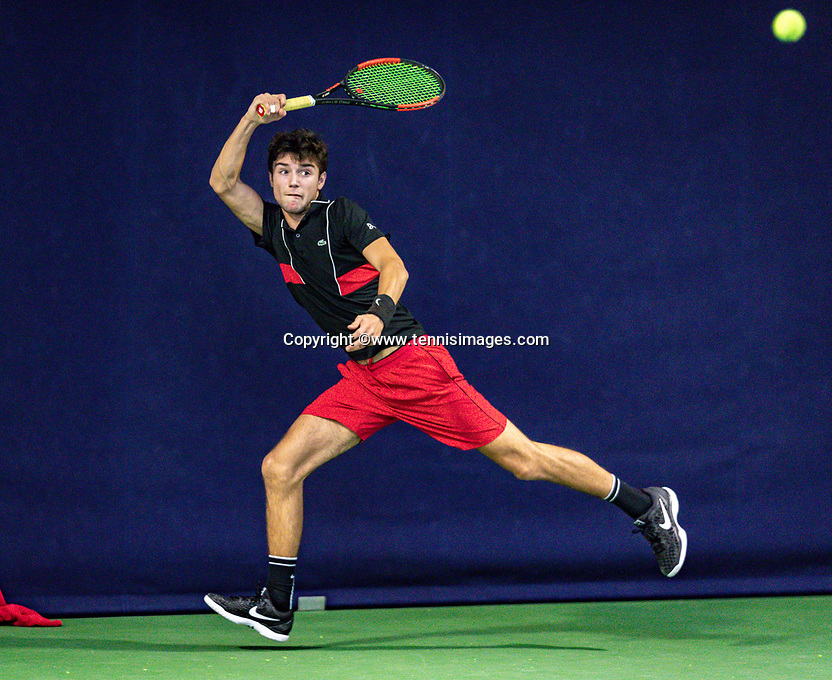 Hilversum, Netherlands, December 2, 2018, Winter Youth Circuit Masters, Raphael Mujan (NED)<br /> Photo: Tennisimages/Henk Koster