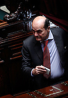 Il leader del Partito Democratico Pierluigi Bersani vota durante la seduta comune di senatori e deputati per l'elezione del nuovo Capo dello Stato alla Camera dei Deputati, Roma, 18 aprile 2013..Italian Democratic Party's leader Pierluigi Bersani votes during the common plenary session of senators and deputies to elect the new Head of State, at the Lower Chamber in Rome, 18 April 2013..UPDATE IMAGES PRESS/Riccardo De Luca.