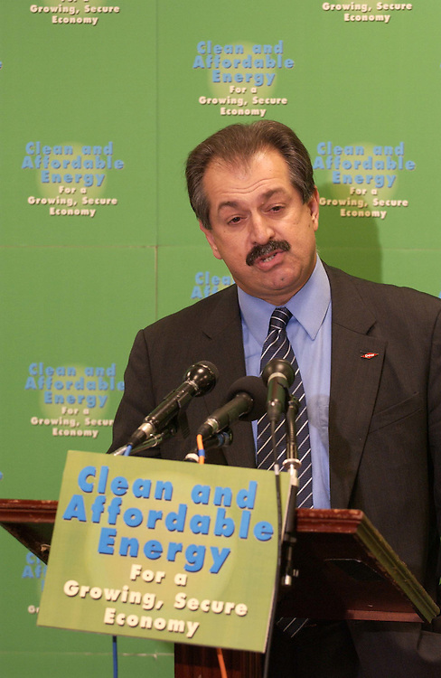 06/22/05.ENERGY BILL--Andrew Liveris, president and CEO of the Dow Chemical Company, during a news conference on the energy bill..CONGRESSIONAL QUARTERLY PHOTO BY SCOTT J. FERRELL