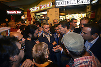Roma 17 Settembre 2013<br /> Piazza Cesare De Cupis<br /> Il Sindaco di Roma Ignazio Marino visita il quartiereTor Sapienza.<br /> Nella foto il Sindaco parla con una delegazione dei movimenti per la casa