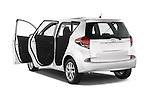 Car images of a 2015 Toyota Verso-S skyview 5 Door Hatchback 2WD Doors