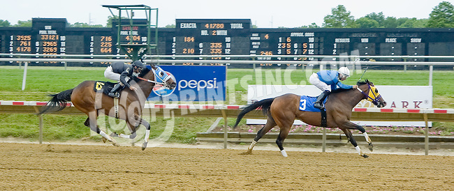 A Fleet Spirit winning at Delaware Park on 6/9/12
