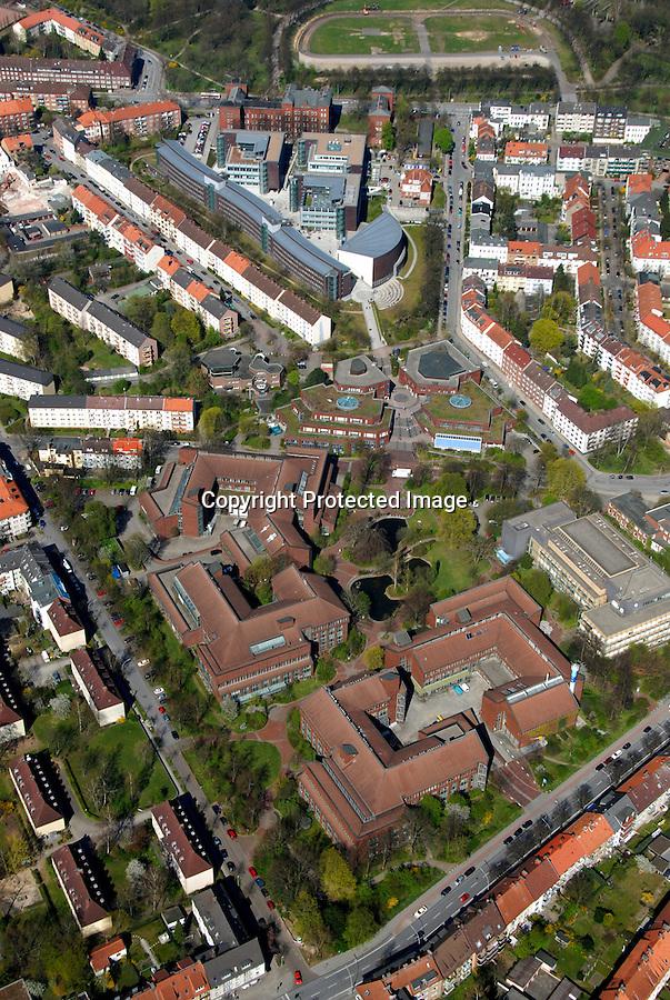 TU Harburg: EUROPA, DEUTSCHLAND, HAMBURG, (EUROPE, GERMANY), 14.04.2007: Hamburg Harburg, Stadtbild, Uebersicht, Gebaeude der Universitaet Hamburg, Techniche Universitaet Harburg, Uni, TU Harburg, Ansicht, Luftbild, Luftansicht, Luftaufnahme, .c o p y r i g h t : A U F W I N D - L U F T B I L D E R . de.G e r t r u d - B a e u m e r - S t i e g 1 0 2, .2 1 0 3 5 H a m b u r g , G e r m a n y.P h o n e + 4 9 (0) 1 7 1 - 6 8 6 6 0 6 9 .E m a i l H w e i 1 @ a o l . c o m.w w w . a u f w i n d - l u f t b i l d e r . d e.K o n t o : P o s t b a n k H a m b u r g .B l z : 2 0 0 1 0 0 2 0 .K o n t o : 5 8 3 6 5 7 2 0 9.C o p y r i g h t n u r f u e r j o u r n a l i s t i s c h Z w e c k e, keine P e r s o e n l i c h ke i t s r e c h t e v o r h a n d e n, V e r o e f f e n t l i c h u n g  n u r  m i t  H o n o r a r  n a c h M F M, N a m e n s n e n n u n g  u n d B e l e g e x e m p l a r !.