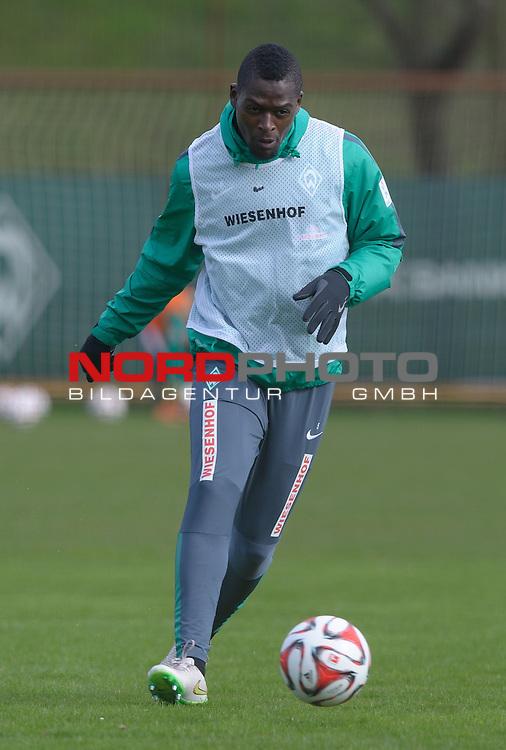01.04.2015, Trainingsgelaende, Bremen, GER, 1.FBL, Training Werder Bremen, im Bild Assani Lukimya (Bremen #5)<br /> <br /> Foto &copy; nordphoto / Frisch