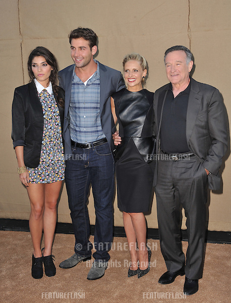 &quot;The Crazy Ones&quot; stars Amanda Setton, James Wolk, Sarah Michelle Gellar &amp; Robin Williams at the CBS 2013 Summer Stars Party in Beverly Hills.<br /> July 29, 2013  Los Angeles, CA<br /> Picture: Paul Smith / Featureflash