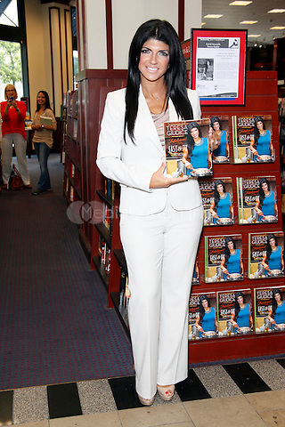Teresa Giudice pictured at a book signing at University Book Store in Philadelphia, Pa on June 13, 2012  © Star Shooter / MediaPunchInc