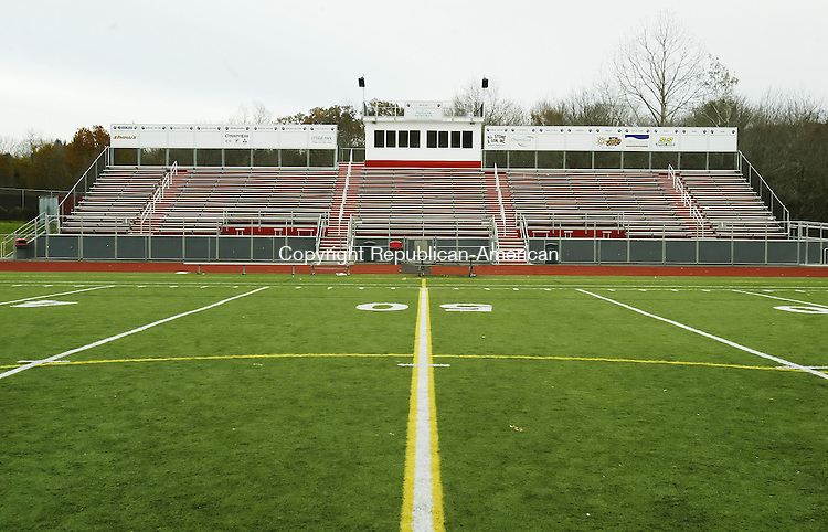 SOUTHBURY, CT, 11/17/07- 111707BZ01- The new grandstand at Pomperaug High School's athletic field complex.<br /> Jamison C. Bazinet Republican-American