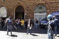 Roma, 6 Maggio 2014<br /> Conferenza stampa nei pressi del Viminale , Ministero degli interni, dei movimenti promotori della manifestazione del 12 Maggio contro il piano casa e il jobs act del Governo Renzi e per il diritto di manifestare nella citt&agrave;.