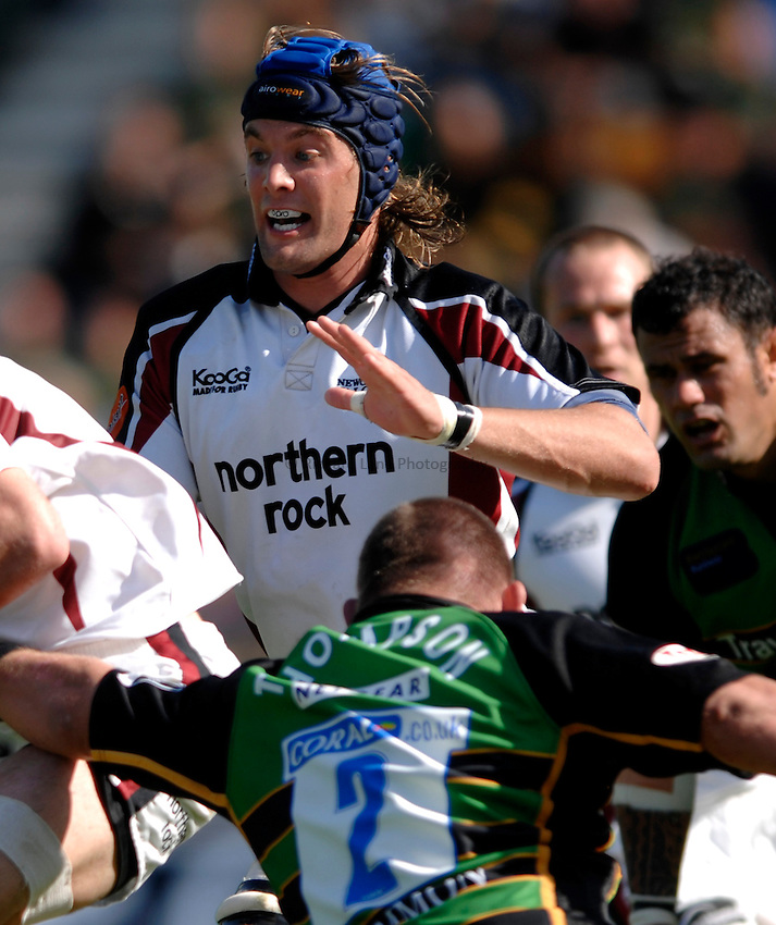 Photo: Richard Lane..Northampton Saints v Newcastle Falcons. Guinness Premiership. 03/09/2006. .Falcons' Andy Buist.