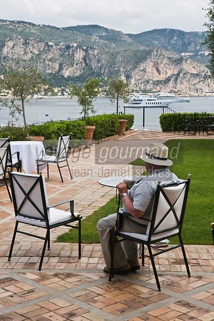 Europe/France/Provence-Alpes-Côte d'Azur/06/Alpes-Maritimes/ St Jean Cap Ferrat : Estivant à l Hôtel: La Voile d'Or,