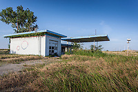 Abandoned gas station in Billings, OK