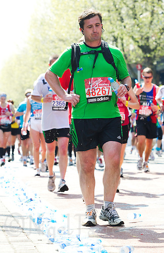 17 APR 2011 - LONDON, GBR - Owen Coyne - London Marathon (PHOTO (C) NIGEL FARROW)