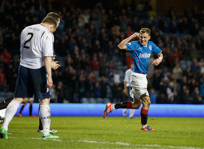 Dean Shiels uses his head to score