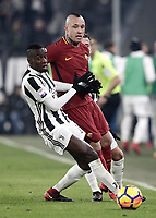 Calcio, Serie A: Juventus - AS Roma, Torino, Allianz Stadium, 23 dicembre, 2017. <br /> Roma's Radja Nainggolan (r) in action with Juventus' Blaise Matuidi (l) during the Italian Serie A football match between Juventus and Roma at Torino's Allianz stadium, December 23, 2017.<br /> UPDATE IMAGES PRESS/Isabella Bonotto