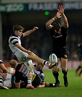 Bristol Bears' Harry Randall is almost charged down by Exeter Chiefs' Ollie Devoto<br /> <br /> Photographer Bob Bradford/CameraSport<br /> <br /> Gallagher Premiership - Exeter Chiefs v Bristol Bears - Saturday 5th January 2019 - Sandy Park - Exeter<br /> <br /> World Copyright &copy; 2019 CameraSport. All rights reserved. 43 Linden Ave. Countesthorpe. Leicester. England. LE8 5PG - Tel: +44 (0) 116 277 4147 - admin@camerasport.com - www.camerasport.com