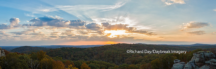 63895-14301 Sunset at Garden of the Gods Recreation Area, Shawnee National Forest, IL