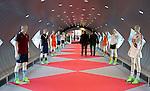 UTRECHT - KNHB Hockeycongres 2016.  Op weg naar het auditorium van de Rabobank. Foto Koen Suyk.