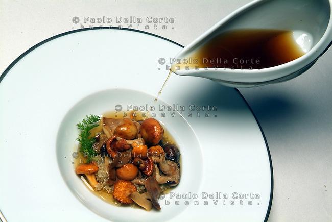 Mirazur food Saut&eacute; de girolles au quinoa et infusion<br /> &copy; Paolo della Corte