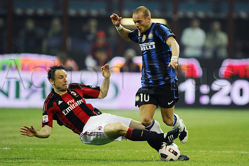 02 04 2011  Series A Milan Inter .  Photo Wesley Sneijder is tackled hard by Mark van Bommel
