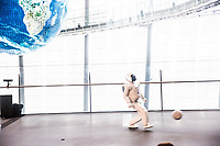 Tokyo- Museo nazionale delle nuove scienze e dell'innovazione - The National Museum of Emerging Science and Innovation (Miraikan) The Asimo robot The Honda humanoid robot, here playing football