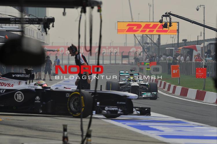 25.-27-10-2013, Jaypee-Circuit, Noida, IND, F1, Grosser Preis von Indien, Noida, im Bild  DHL Branding - Nico Rosberg (GER), Mercedes GP <br />  Foto &copy; nph / Mathis