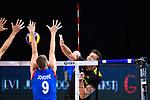 13.09.2019, Paleis 12, BrŸssel / Bruessel<br />Volleyball, Europameisterschaft, Deutschland (GER) vs. Serbien (SRB)<br /><br />Block Nikola Jovovic (#9 SRB) - Angriff Christian Fromm (#1 GER)<br /><br />  Foto © nordphoto / Kurth