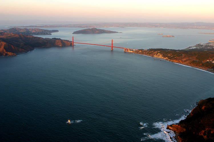 October 29, 2005; San Francisco, CA, USA; Aerial view of the Pacific ocean and the entrance to the Golden Gate Bridge in San Francisco, CA. Photo by: Phillip Carter