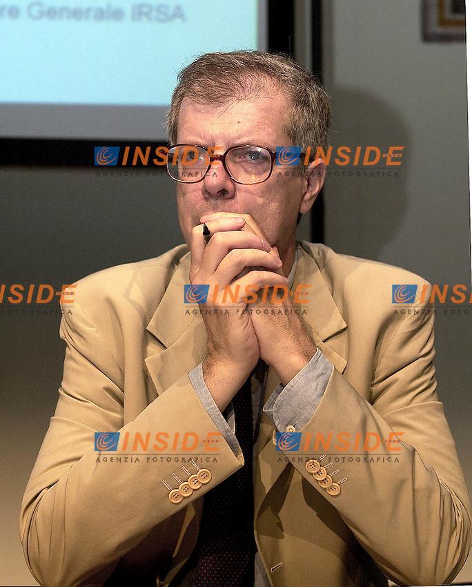Roma 1 Luglio 2003<br />Ania / Irsa &quot;le prospettive della previdenza complementare tra valori collettivi e scelte individuali&quot;<br />Il presidente della MEFOP spa (societ&agrave; per lo sviluppo del mercato dei fondi pensione) Marcello Messori