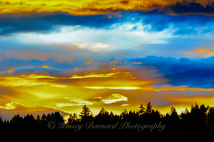 Nowhere does nature show off Her incredible colors more beautifully than in the sky. Exquisite sunrises and extraordinary sunsets fill our world with magnificent color. Golden sunrises and sunsets. The moon rising in setting in deep velvet skies. Clouds creating incredible images for the imaginative mind. And rainbows lighting up the way to a pot of gold.