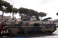 Roma 4  Maggio 2011. Mezzi militariin piazza Venezia per i 150° dell'anniversario della costituzione dell'Esercito Italiano..VCC  80 Dardo.