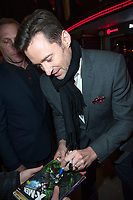 January 17 2018, PARIS FRANCE<br /> Premiere of the film the Greatest Showman<br /> at Gaumont Opera Cinema In Paris. Actor<br /> Hugh Jackman arrives and signs autographs. #>