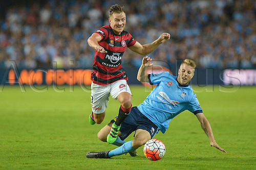 20.02.2016. Allianz Stadium, Sydney, Australia. Hyundai A-League. Sydney FC versus Western Sydney Wanderers. Wanderers defender Scott Jamieson goes past Sydney midfielder Andrew Hoole. The game ended in a 1-1 draw.