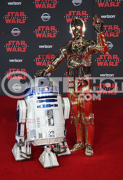 LOS ANGELES, CA - DECEMBER 9: R2-D2, C-3PO, at Premiere Of Disney Pictures And Lucasfilm's 'Star Wars: The Last Jedi' at Shrine Auditorium in Los Angeles, California on December 9, 2017. Credit: Faye Sadou/MediaPunch /NortePhoto.com NORTEPHOTOMEXICO