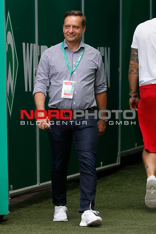 27.06.2020, wohninvest , nphgm001, WESERSTADION, Bremen, Ligaspiel, 1. Bundesliga, SV Werder Bremen vs 1. FC Koeln, im Bild Horst Heldt (Sportchef, Koeln)<br /> Foto: Joachim Sielski/Sielski-Press/Pool/gumzmedia/nordphoto<br />