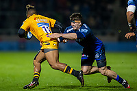 8th November 2019; AJ Bell Stadium, Salford, Lancashire, England; English Premiership Rugby, Sale Sharks versus Coventry Wasps; Ben Curry of Sale Sharks tackles Paolo Odogwu of Wasps - Editorial Use