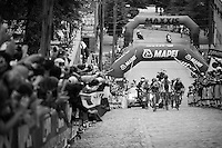 up 23rd street<br /> <br /> Elite Women Road Race<br /> UCI Road World Championships Richmond 2015 / USA