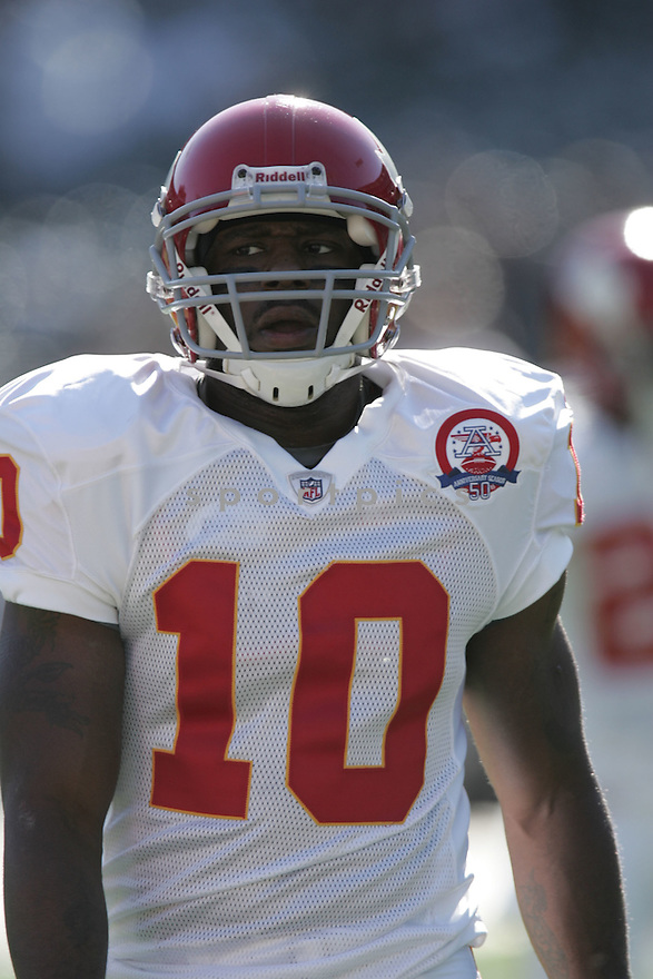 TERRANCE COOPER, of the Kansas City Chiefs, in action during the Chiefs game against the Oakland Raiders on November 15, 2009 in Oakland, CA. Chiefs won 16-10.